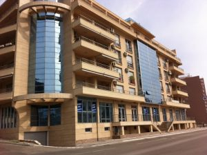 Недвижимость черногория или испания