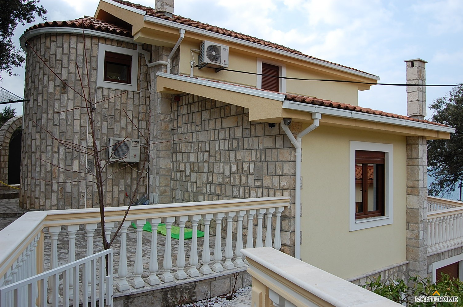 Купить коммерческую недвижимость в Черногории